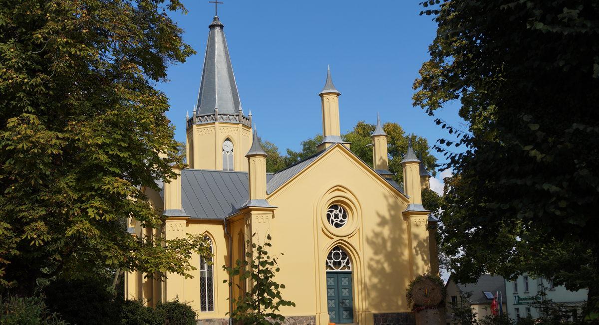 Schinkelkirche der evangelischen Gemeinde