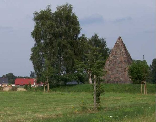 buelowpyramide